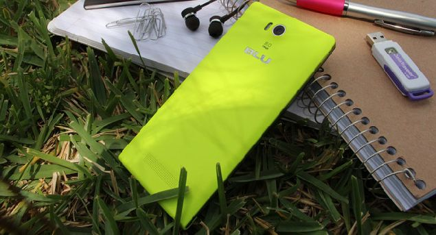 BLU Life One (2015) and BLU Life 8 XL officially debut