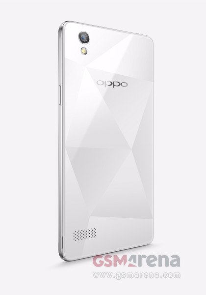 The Unannounced Oppo Mirror 5 Smiles for the Camera